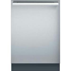 "Thermador Emerald Series 24"" 48 dBA Sens A Wash Integrated Dishwasher DWHD440MFM"
