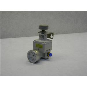 SMC Pressure Regulator with Gauge IR2020-02BG