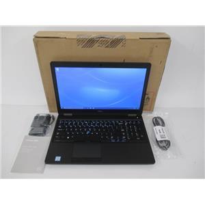 """DELL 0VTXR Latitude 5580 15.6"""" HD (1366 x 768) i3-7100U 2.4Gz 4GB 500GB W10P64"""