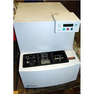 LJL BIOSYSTEMS ANALYST MICROPLATE READER