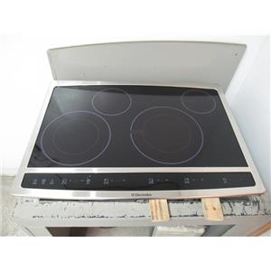 """Electrolux 30"""" LED Display Wave-Touch Series Hybrid BLK Induction EW30CC55GS"""
