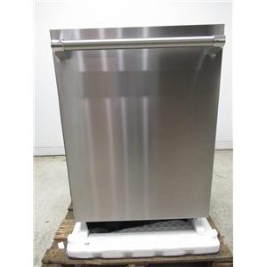 """Thermador Star-Sapphire Glow Series 24"""" Fully Integrated Dishwasher DWHD860RFP"""