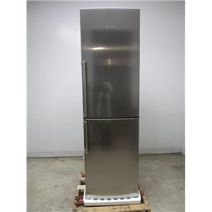 "Bosch 800 Series 24"" SS Bright Lights Bottom Freezer Refrigerator B11CB81SSS"