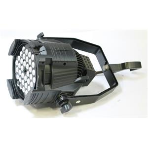 Elation Design LED / DLED Par Zoom Moving Head Stage Light Fixture