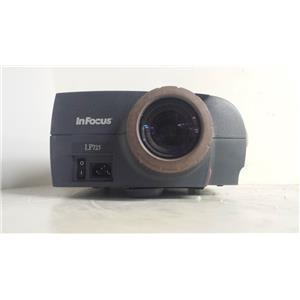 INFOCUS LP725 LCD PROJECTOR(565 LAMP HOURS USED)