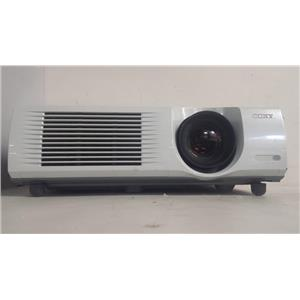 SONY VPL-PX35 LCD PROJECTOR(1679 LAMP HOURS USED)