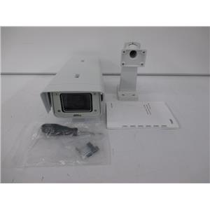 Axis Communications 0530-001 P1357-E Day/Night Outdoor Network Camera