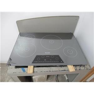"""Thermador Masterpiece 30"""" 4 Elements Induction Silver Mirrored Cooktop CIT304KM"""