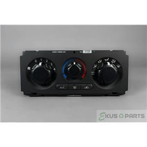 2005-08 Nissan Pathfinder Xterra Manual Climate Control Unit Rear Defrost
