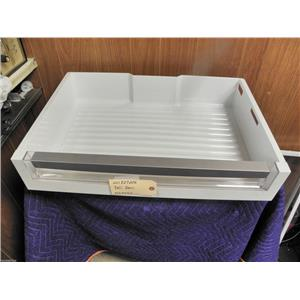 ELECTROLUX  REFRIGERATOR 241827206 DELI PAN USED PART ASSEMBLY