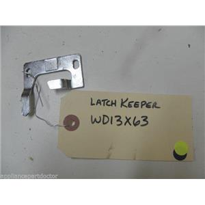GE DISHWASHER WD13X63 LATCH KEEPER USED PART ASSEMBLY