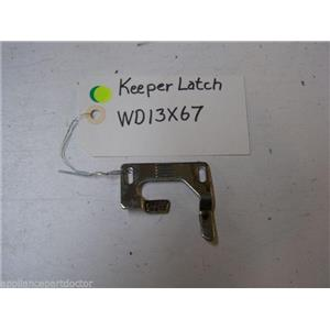 HOTPOINT DISHWASHER WD13X67 LATCH KEEPER USED PART ASSEMBLY