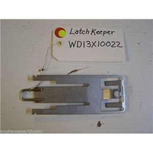 GE DISHWASHER WD13X10022 LATCH KEEPER USED PART ASSEMBLY