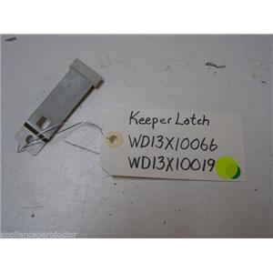 GE DISHWASHER WD13X10066 WD13X10019 LATCH KEEPER USED PART ASSEMBLY