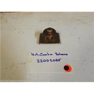 MAYTAG WASHER  22002065  Nut, Counter Balance  used part