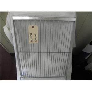 GE SIDE BY SIDE REFRIGERATOR WR71X5768 WIRE SHELF FRESH FOOD SECTION USED PART