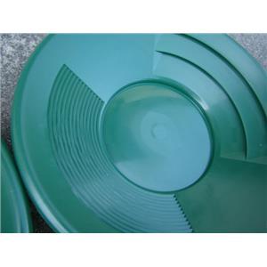 "Lot of 2 - 10"" Green Gold Pans - Panning - Duel Riffles - Mining Prospecting ***"