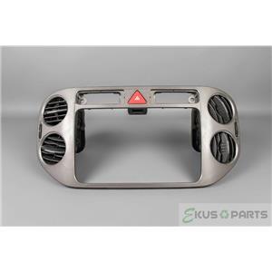 2009-2011 Volkswagen Tiguan Radio Center Dash Trim Bezel Vents Hazard Switch