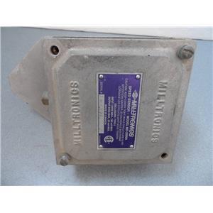 "Siemens Milltronics MD-2000A Speed Sensor W/ Enclosure Type 4 And 5/8"" Shaft"