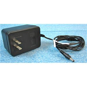 TECHNICAL DEVICES HD-51AR AC ADAPTER POWER SUPPLY, 5VDC 1A OUTPUT, 120VAC 60HZ