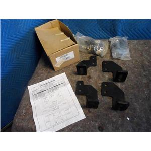 Ford Base Rail Adapter Kit 55202 Ford 99-05 New