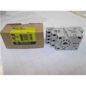 58371 Square D Relay Socket  Ser B  211268  16 AMP-300V  5 AMP-600V