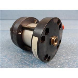 Parker Series LP Cylinder P/N 1.501LP01.380AD 250PSI Air/Oil