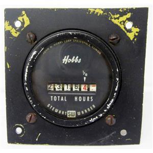 HOBBS, STEWART WARNER M-5611 6/12V TIME GAUGE IN TOTAL HOURS