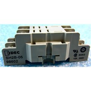 IDEC SH2B-05IDEC SH2B-05 RELAY AND TIMER SOCKET BASE RELAY BASE, 8 BLADE