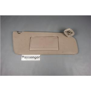 2000 Ford F150 Sun Visor - Passenger Side with Covered Mirror