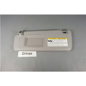 2001-2007 Toyota Highlander Driver Side Sun Visor w/ Mirror & Extension Panel