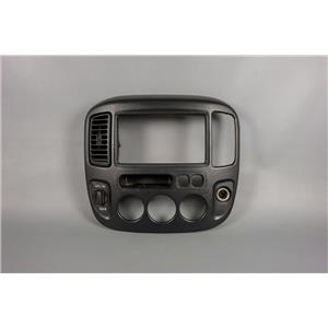 01-07 Escape 05-07 Mariner Radio Climate Dash Trim Bezel Vent 4WD Switch 12v