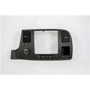 2007-2013 Chevrolet Silverado Radio Climate Dash Bezel with Park Assist, USB 4WD