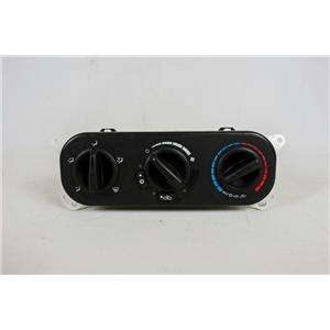 2006-2010 Chrysler PT Cruiser Climate Control Unit with AC Switch Black Knobs