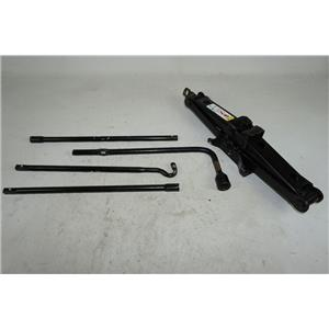 2009-2011 Jeep Liberty Wrangler Jack Assembly w/ Lug Wrench, Extension Rods