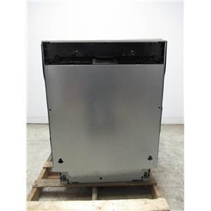 """Gaggenau 24"""" 44 dBA 4 Cycles Aqua Sensor Fully Integrated Dishwasher DF241761"""