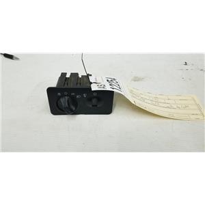 1999-2004 Ford F350/F250 headlight switch with fog light tag as12254