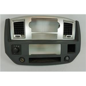2006-2008 Dodge Ram 1500 2500 3500 Radio Climate Dash Trim Bezel with Vents 4WD