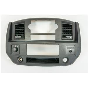 2006-08 Dodge Ram 1500 2500 Radio Climate Combo Trim Bezel with 4WD Switch Vents