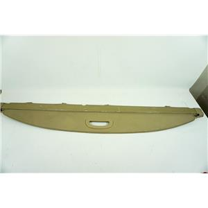 01-03 Toyota Highlander Cargo Cover with Retractable Privacy Shade and Handle
