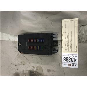 2004-2006 Dodge Mercedes Sprinter fuse box Part# a 901 540 01 50 tag as43398
