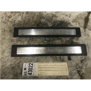 2009-2012 Mercedes ML black front sill plates as43022