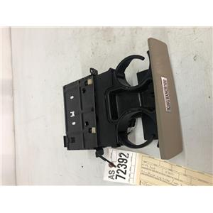 2005 2006 2007 Ford F350 Lariat tan cup holders. tag as72392