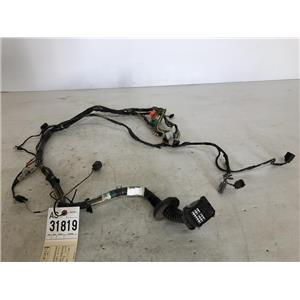 2008-2010 Ford F350 front driver's door wiring out of a crew cab as31819