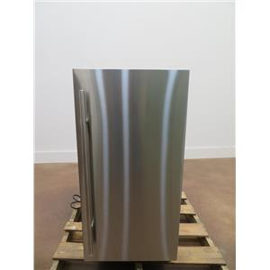 Scotsman 15 In 26 lbs Clear Cube Ice Under Counter Ice Maker SCCP30MA1SU