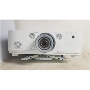 NEC PA622U 3LCD NP13ZL LENS 6200 LUMENS WUXGA 1080P PROJECTOR (371 LAMP HOURS USED)