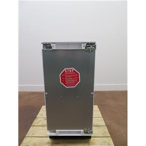 Scotsman 15 In 26 lbs Clear Cube Ice Under Counter Ice Maker SCCP30MA1SU ( PRICE Panel ready)