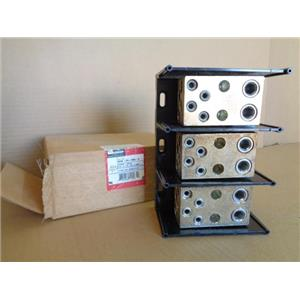 Burndy BDB-24-500-3 Versi-Pole Power Distribution Block 3 Pole
