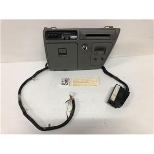 2005- 2007 Ford F350 Lariat center dash bezel, aux, tbc cup holders. as72902