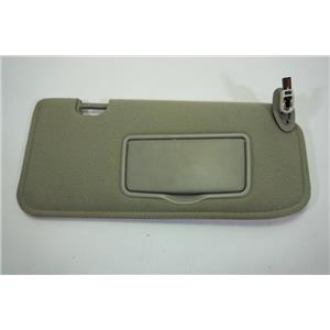 01-06 Escape Tribute 05-10 Mariner Passenger Right Side Sun Visor Lighted Mirror